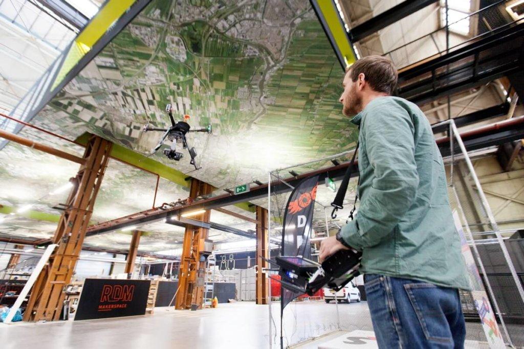 rotterdam claire droppert, rdm makerspace heijplaat drone school