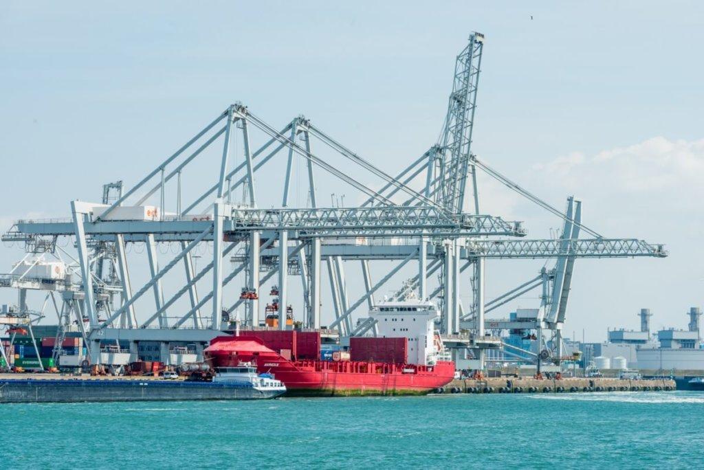 rotterdam worcflow haven maritiem scheepvaart offshore