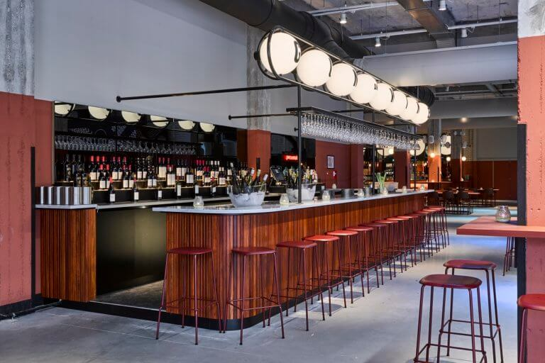 Foodhallen Rotterdam nieuwe hotspot om te eten of drinken in Rotterdam