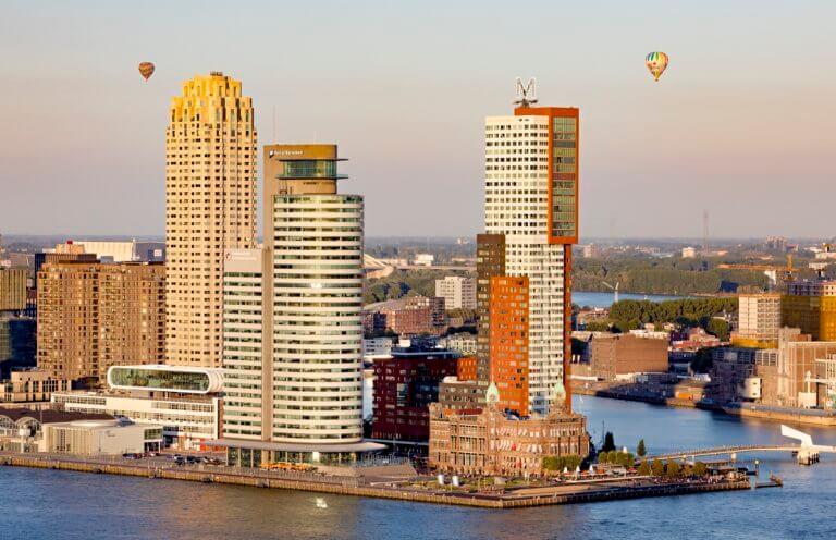 Amazing skyline, waterside terraces and a breathtaking view at Hotel New York. Photo: Iris van den Broek