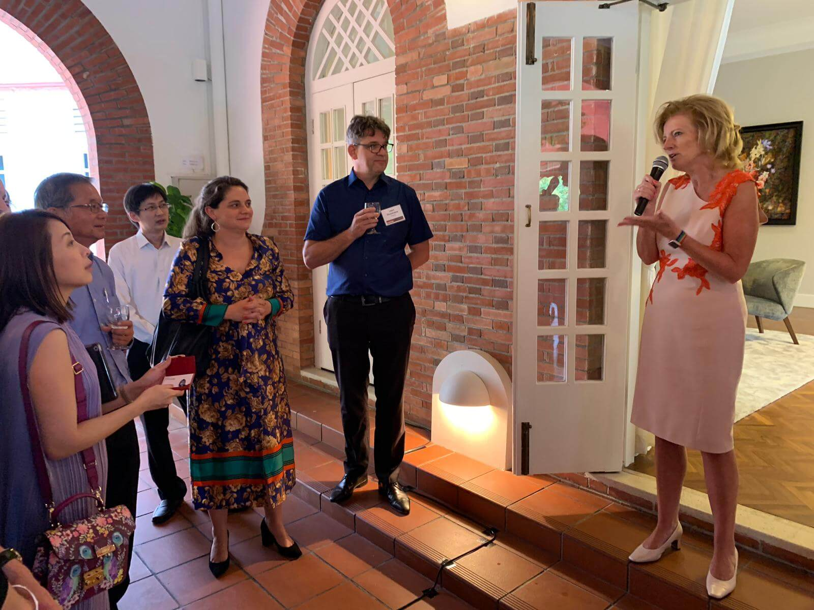 #RotterdamSingapore #CleanTech mission 2019, day 2: delegation welcomed by Ms. Margriet Vonno, Ambassador of the Netherlands to Singapore and Brunei.